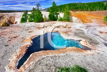The most beautiful hot spring in Yellowstone park - The Blue star spring
