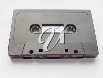 Magnetic tape cassette for analog audio music recording
