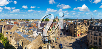 Panoramic aerial view of Oxford in a beautiful summer day, England, United Kingdom