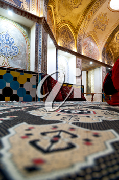 blur in iran  kashan   islamic hammam carpet and fountain for the relax