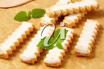 Vanilla cookies with white icing