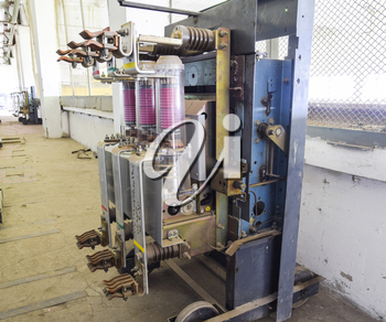 Vacuum high voltage switch. Electrical equipment of the pumping station